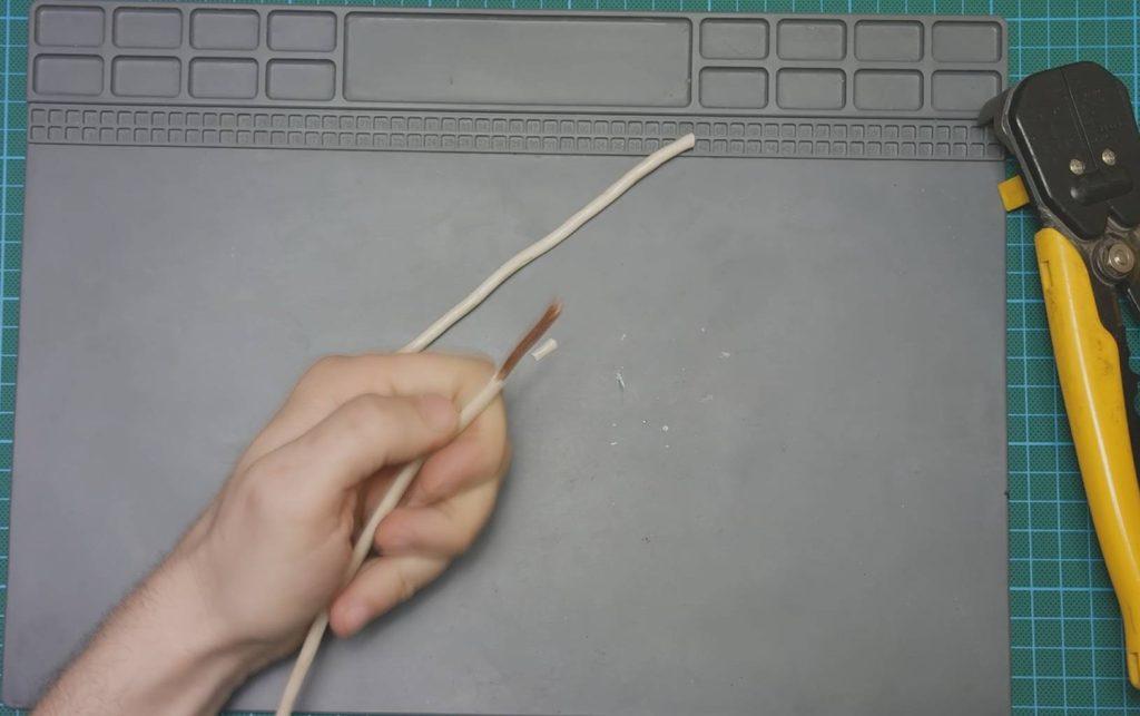 два провода 4мм2